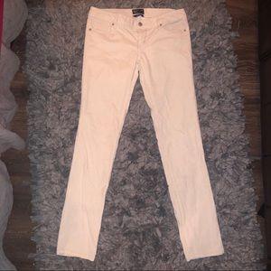6/$2p American Eagle white pants size 4